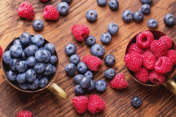 7-Foods-to-Boost-Your-Health-and-Longevity-600x400