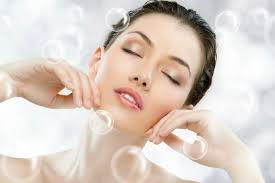 The Good and the Bad Components for Sensitive Skin Care